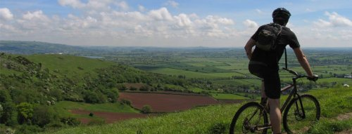 Mountain-biking over the Levels